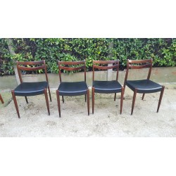 4 chaises style Scandinave...